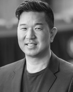 Christopher T Chia